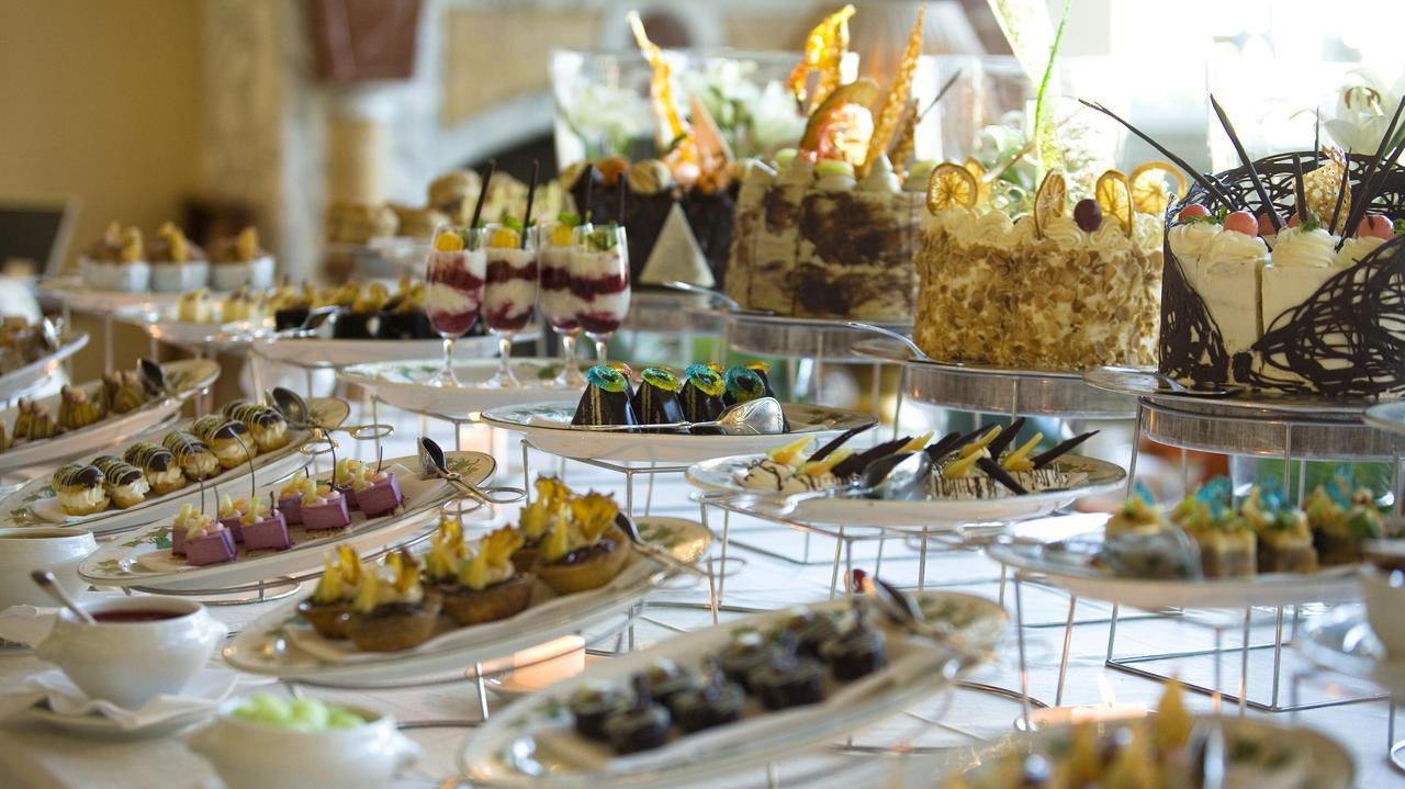 Table Bay Hotel Photos