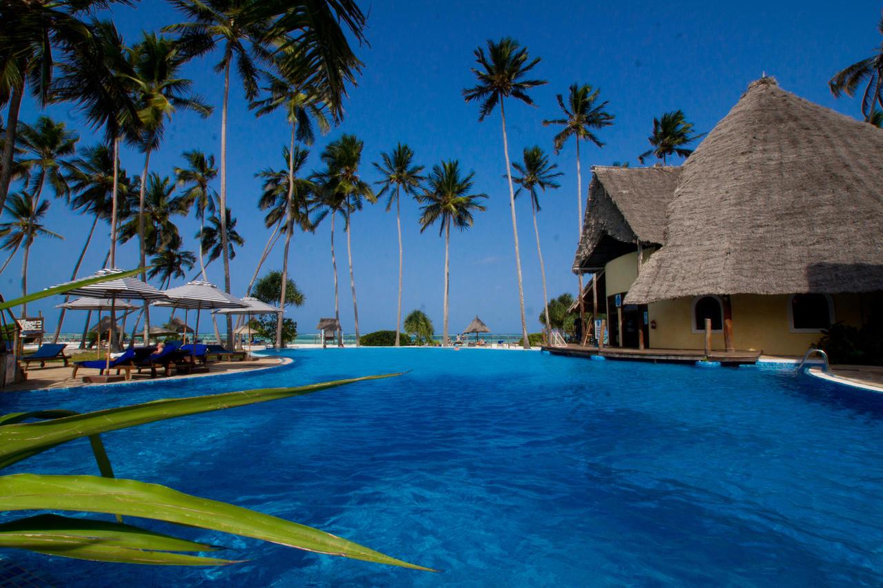ocean paradise resort spa photos. Black Bedroom Furniture Sets. Home Design Ideas
