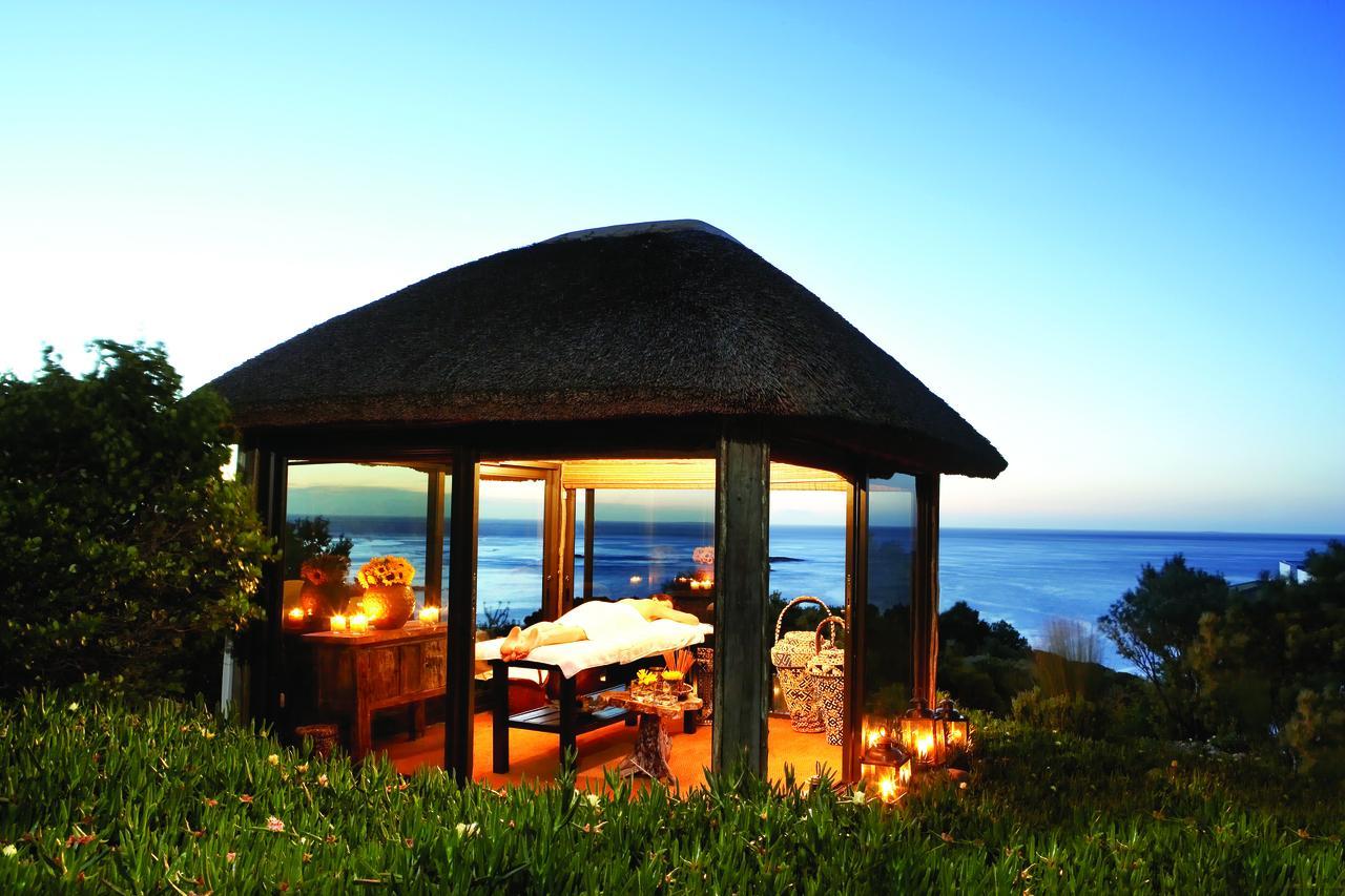 Twelve apostles hotel spa photos for Spa gazebos