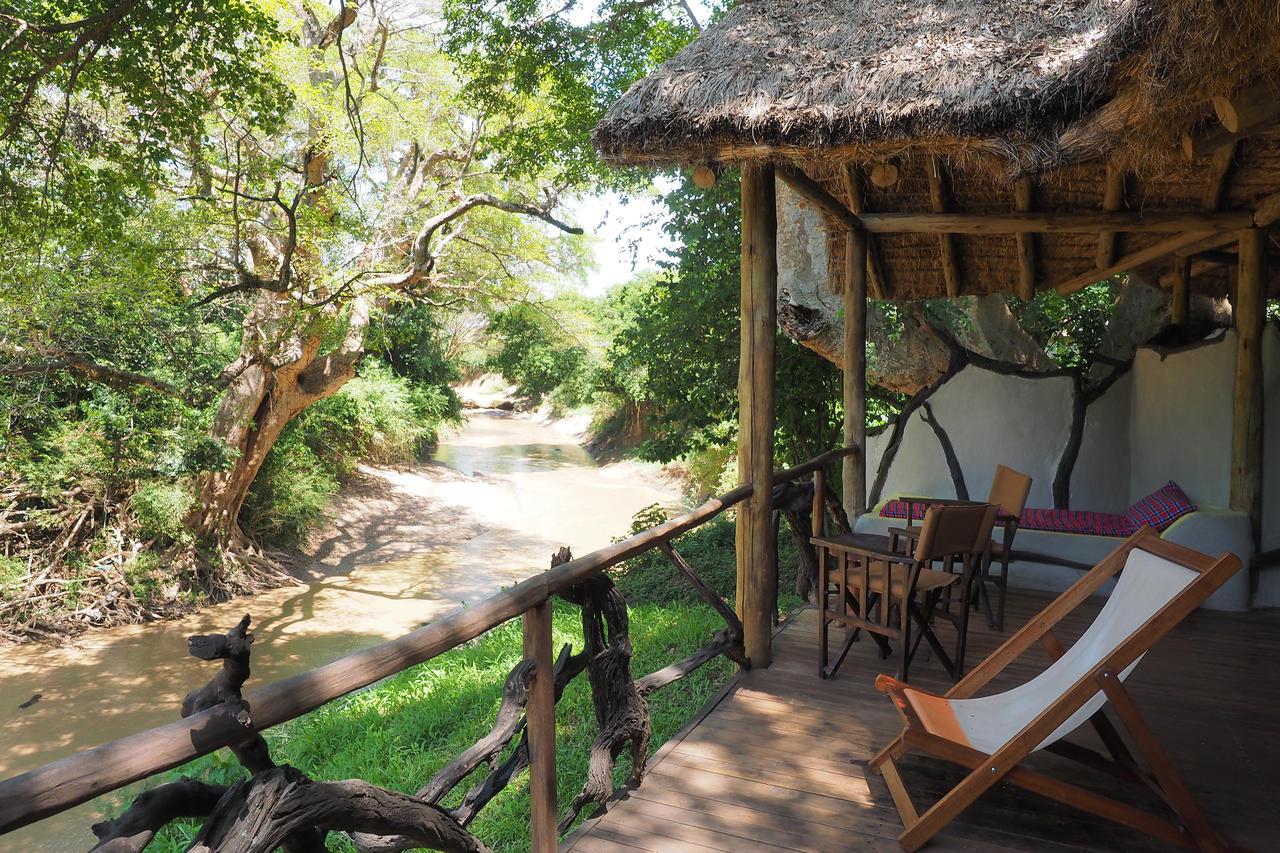 Basecamp masai mara photos - Terras tent ...