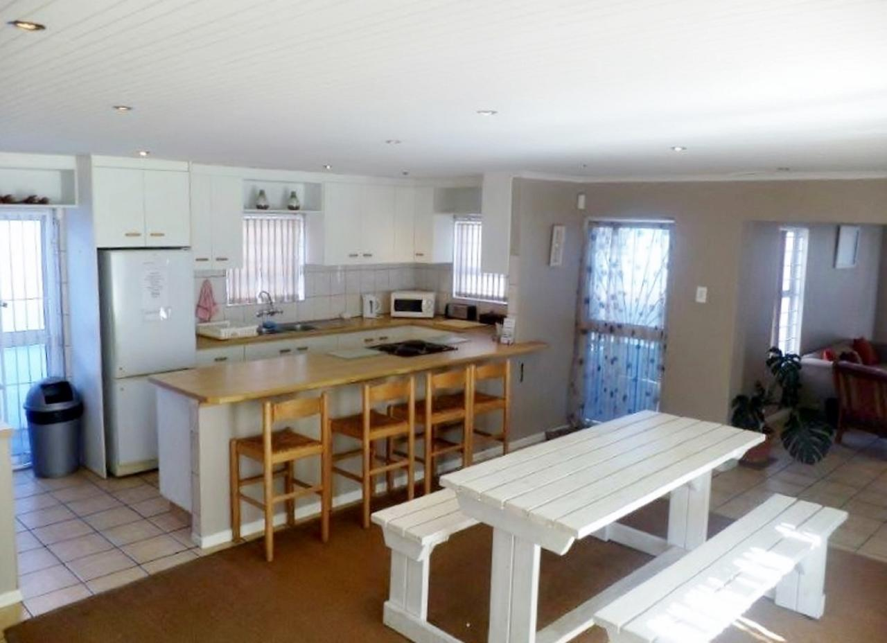 Dining Area Open Plan Kitchen With Dining Table For Large Family ...