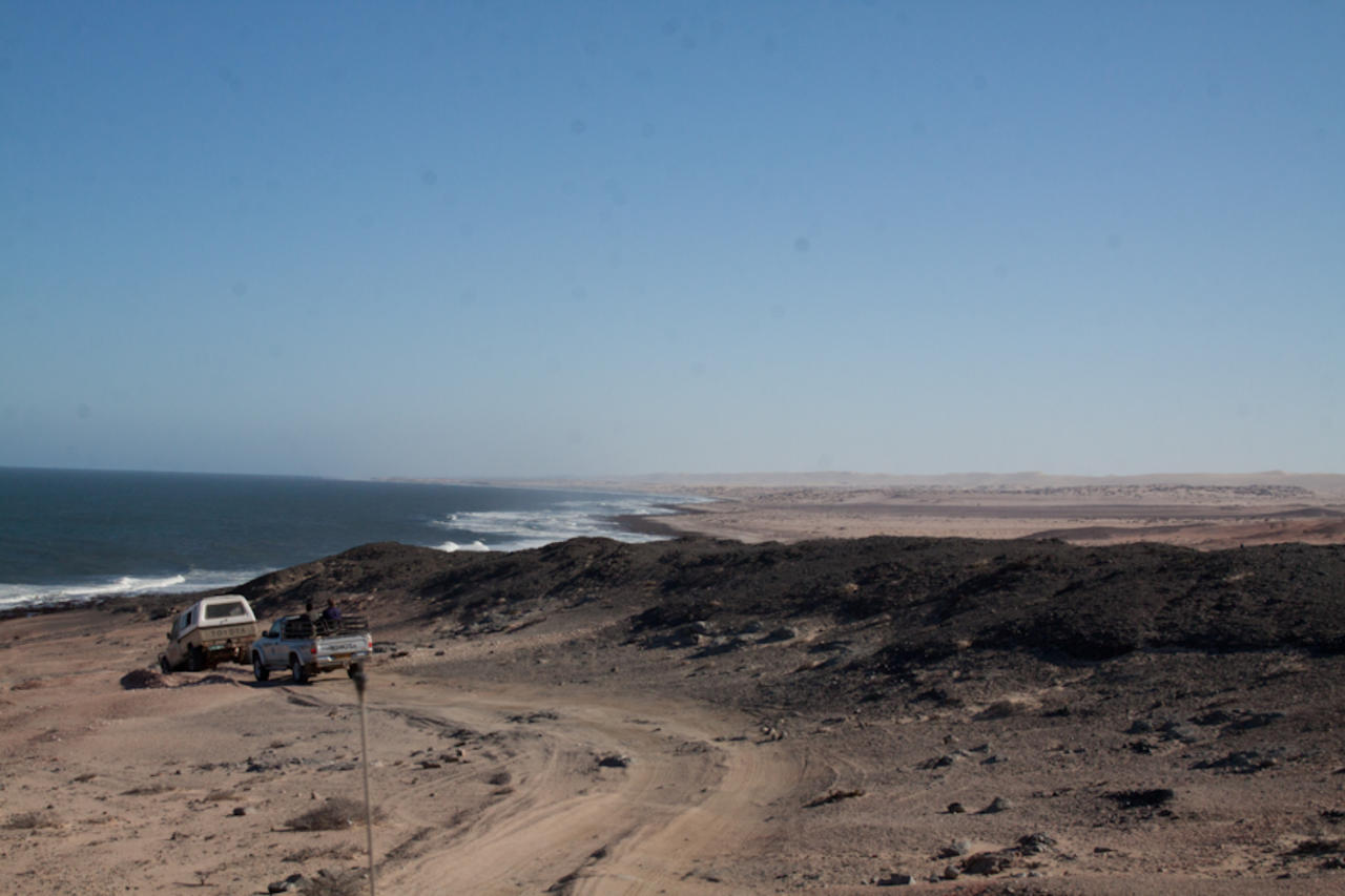skeleton coast skeleton coast hoanib river in the skeleton coast park ... Skeleton