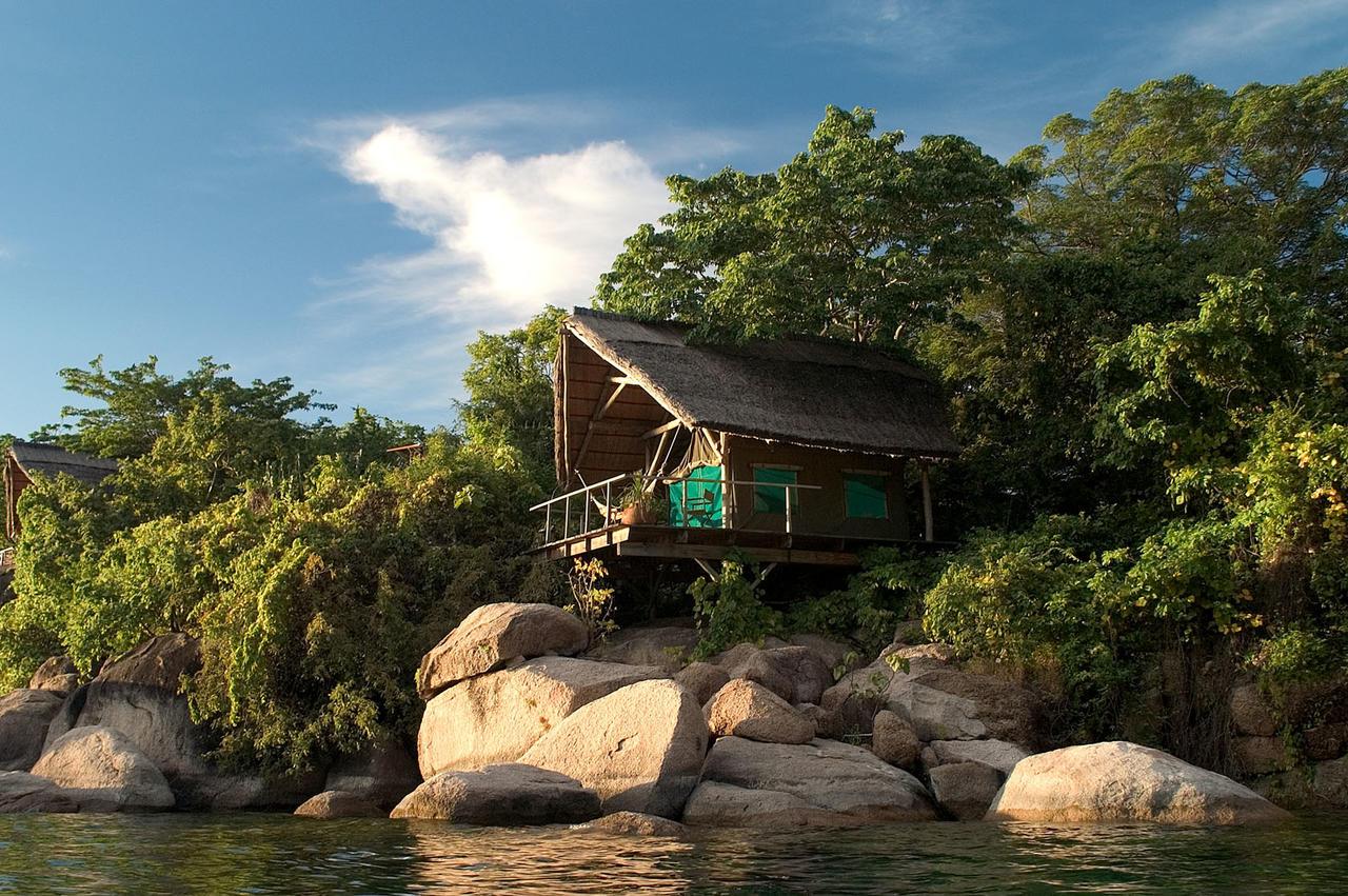 Mumbo Island Camp Fullscreen Photos