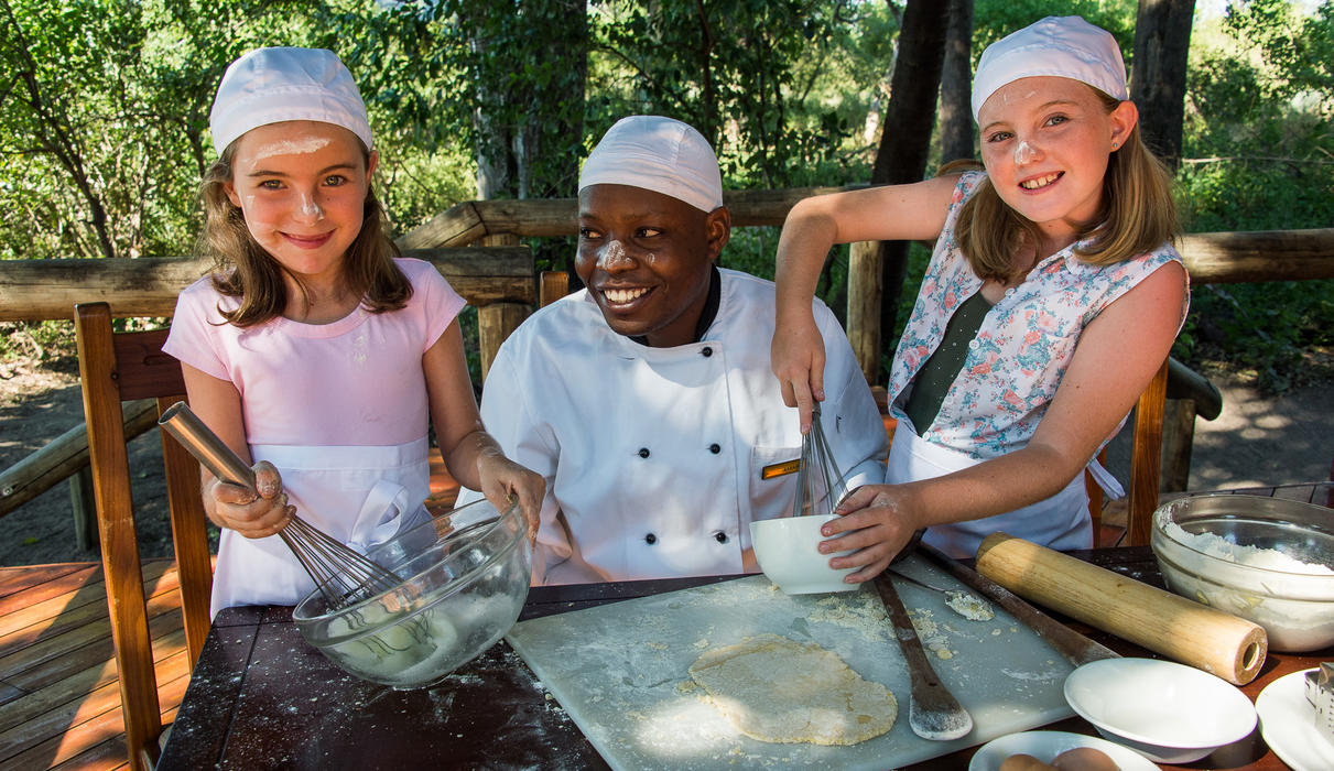 Kids cooking with the Seba chef