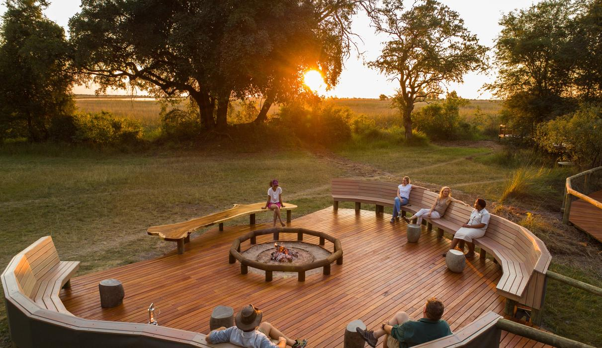 The fire deck in front of Camp Moremi