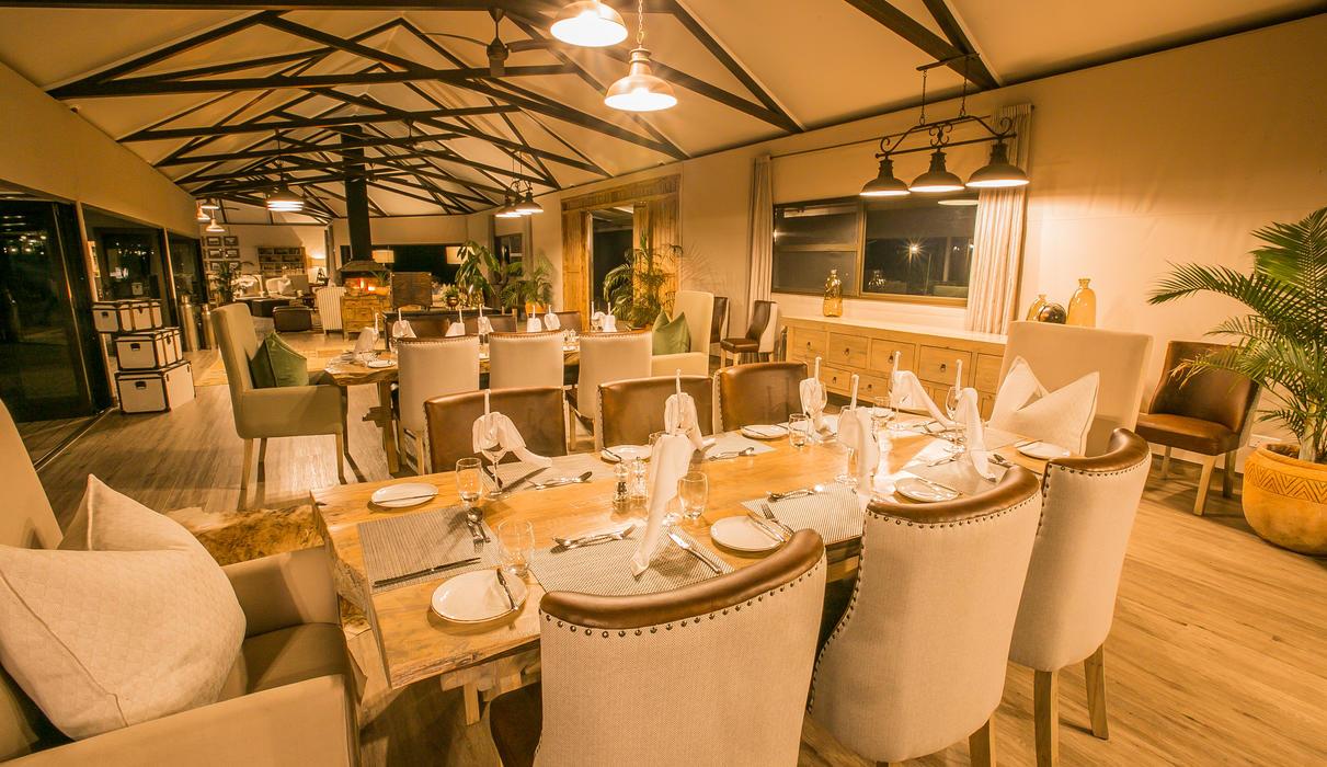 Main Area - Dinning
