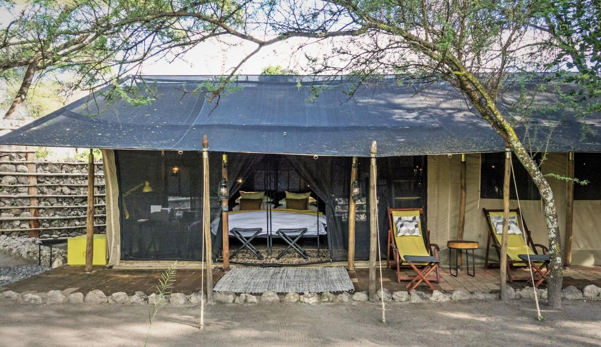 A private bush camp for up to 10 guests