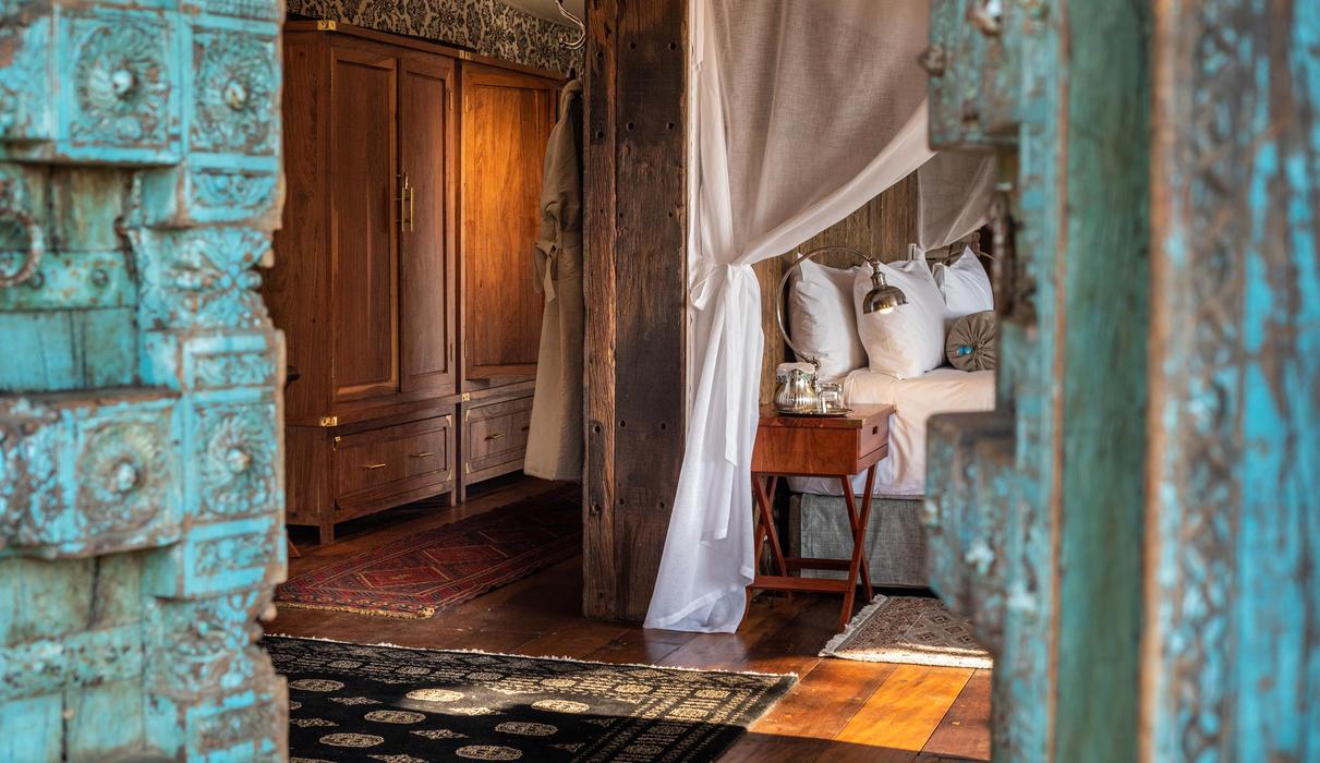 Mpala Jena Guest Tent Suite Entrance