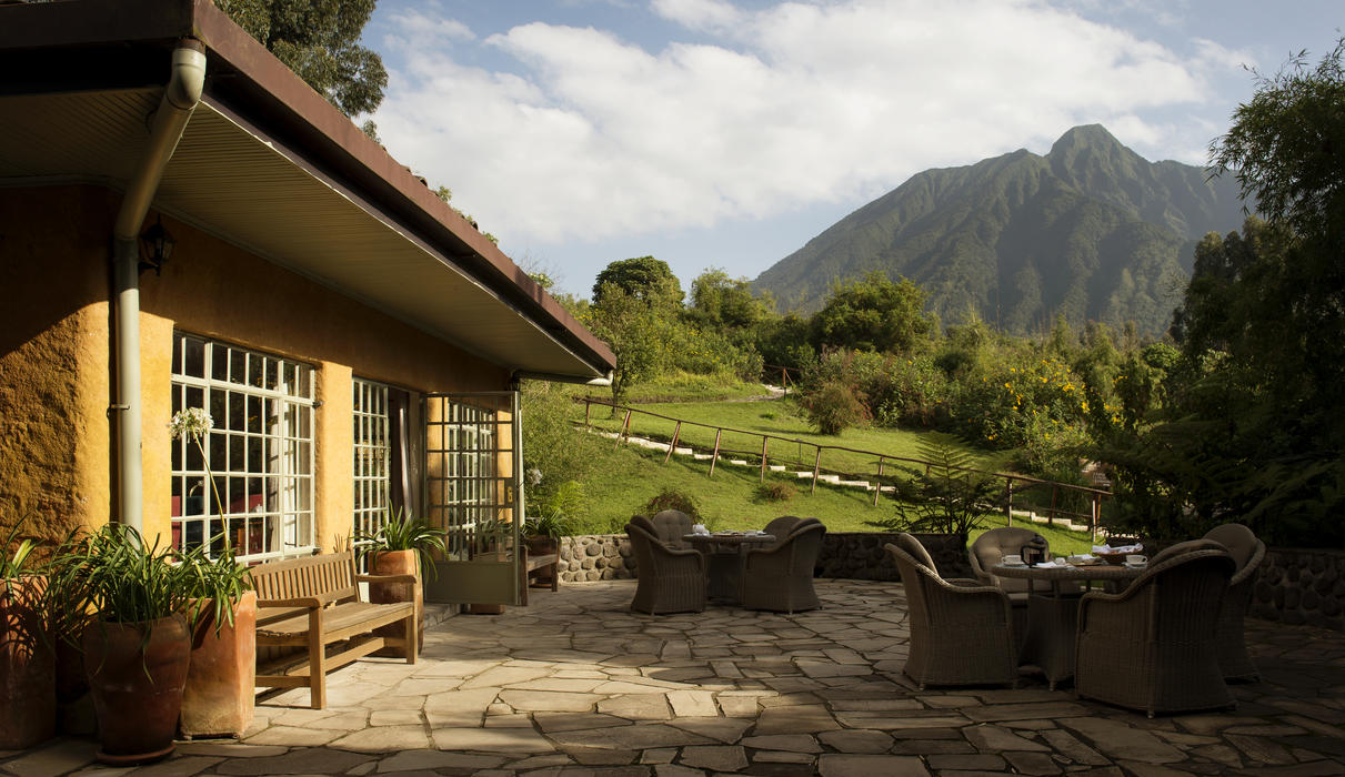 Outside area with view to Mt Sabyinyo