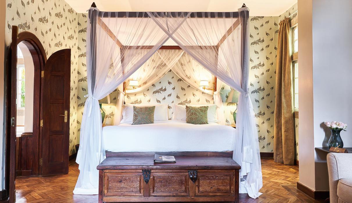 Edd's room is located in the garden manor