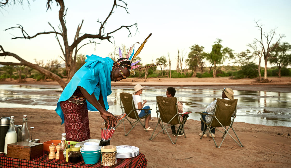 Bush breakfast on the banks of Ewaso Nyiro River