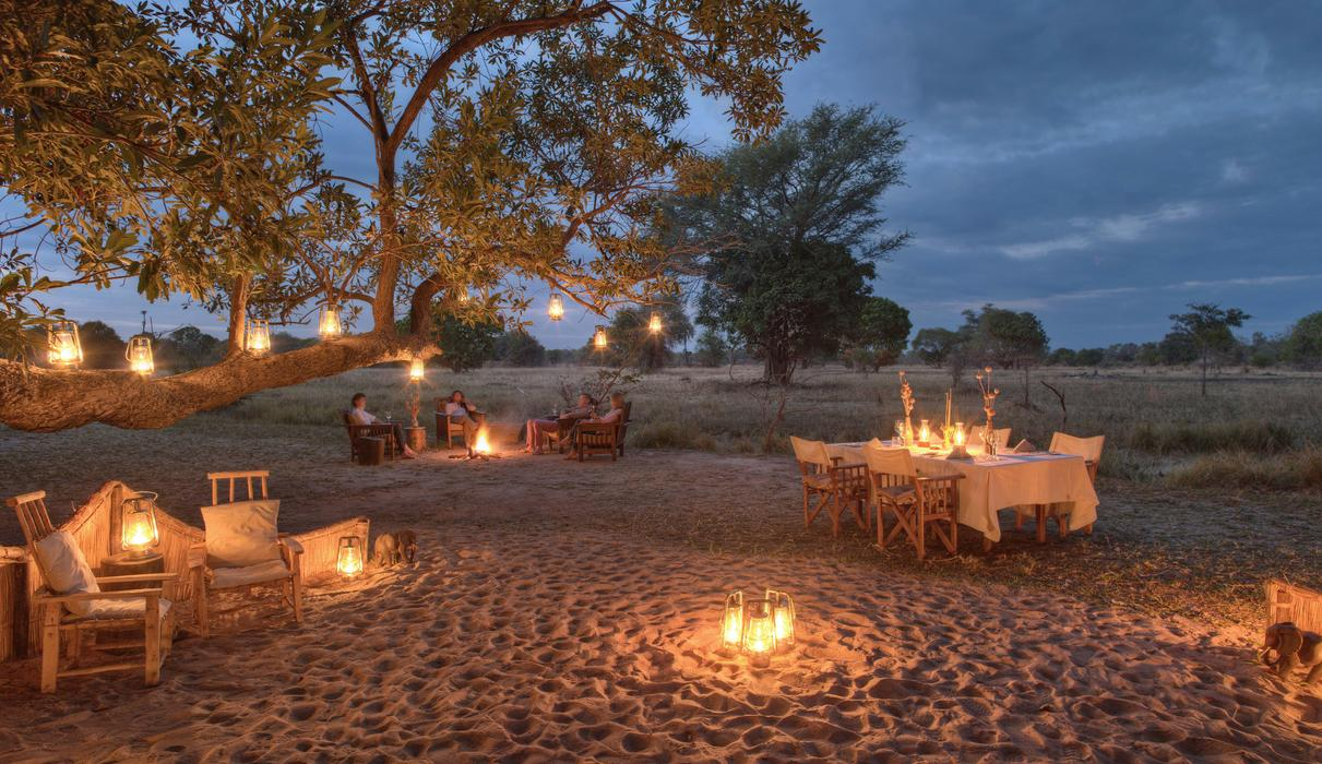 Time + Tide Luwi Camp - Dining under the stars