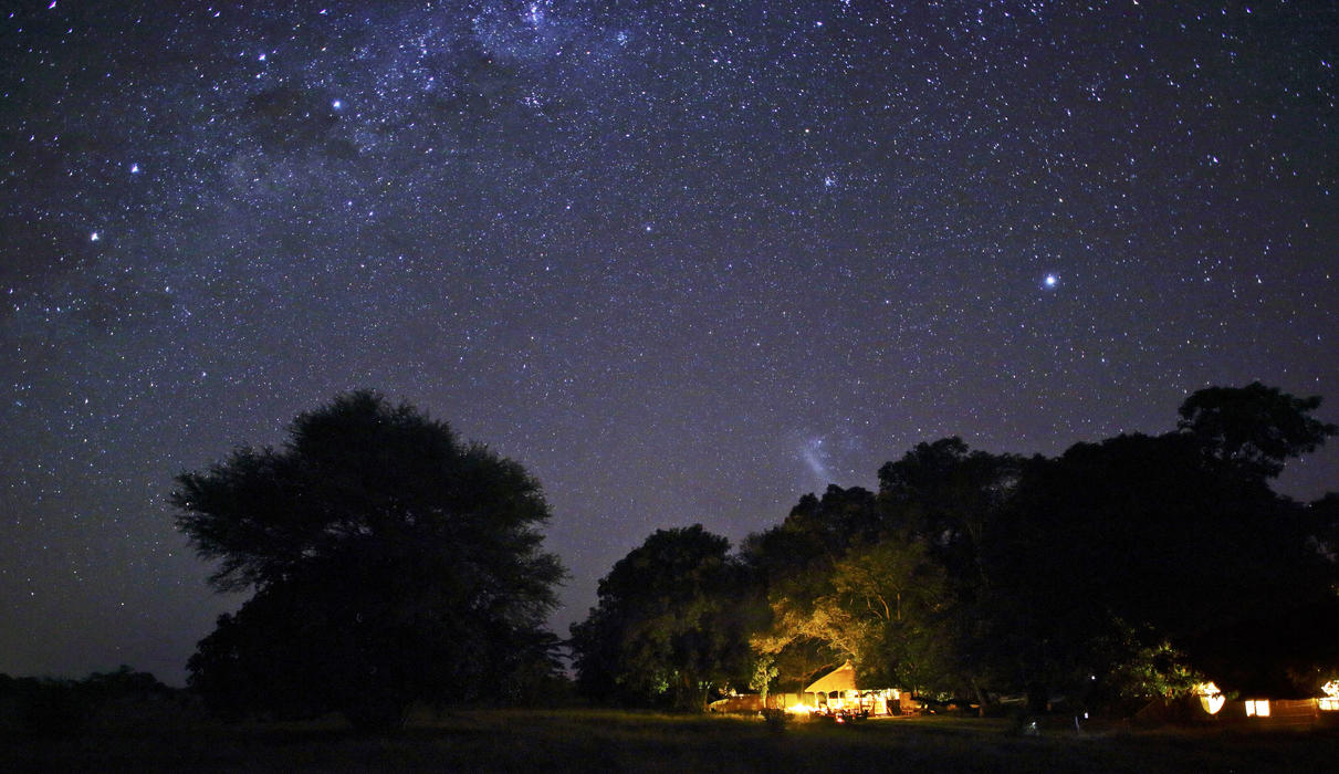 Starry skies over Time + Tide Luwi Camp