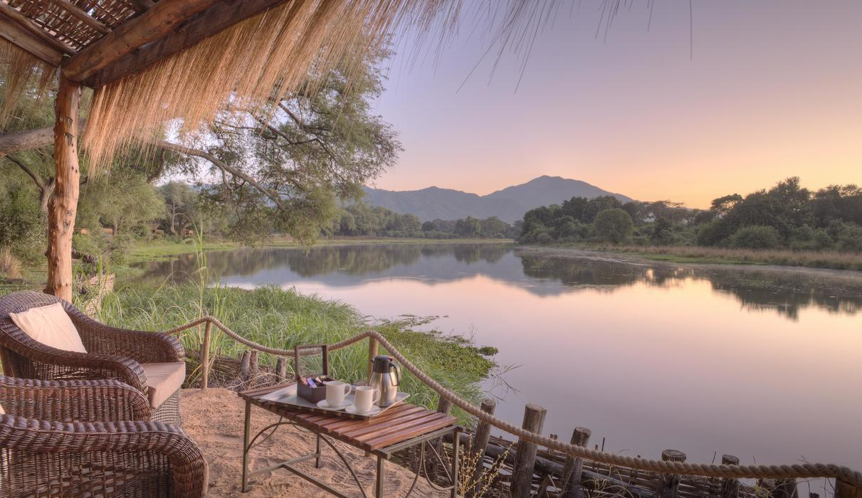 Panoramic views of the Chongwe River from every tent