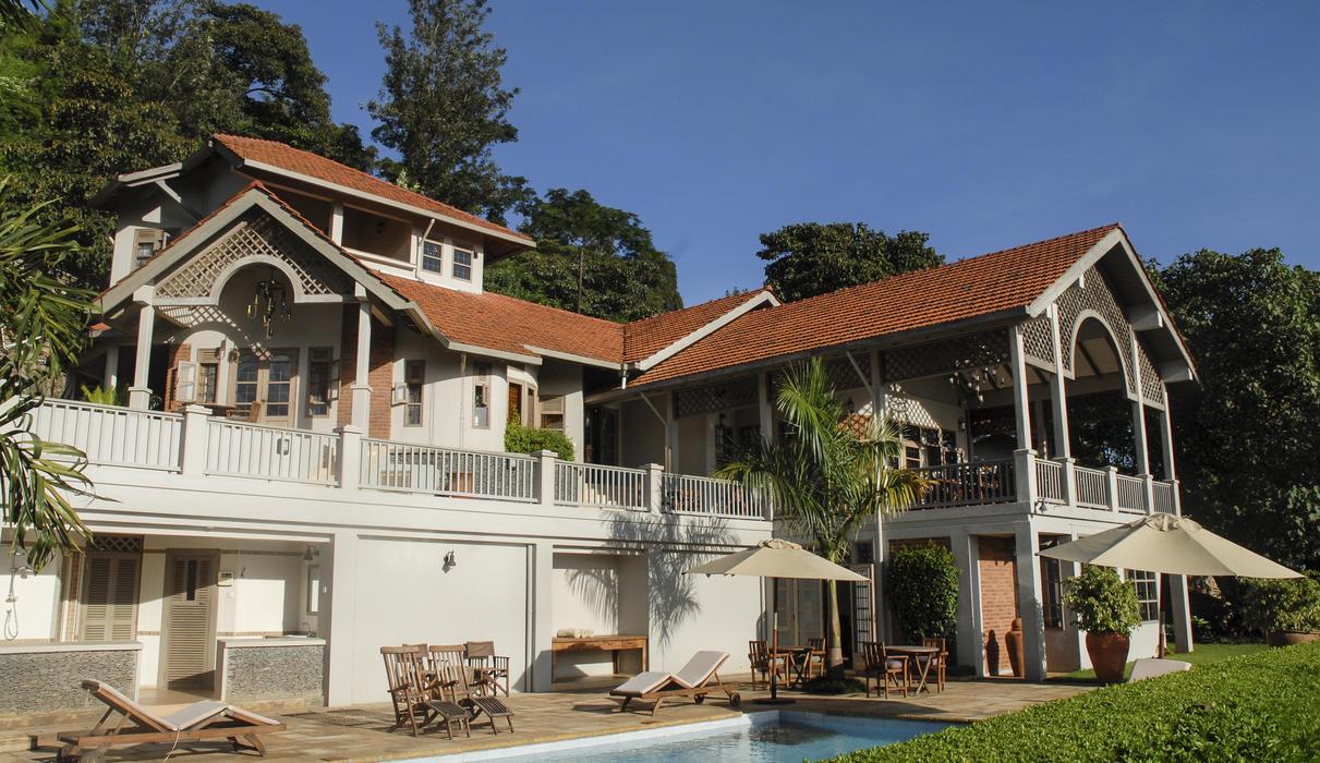 Machweo Honeymoon Suites and Pool