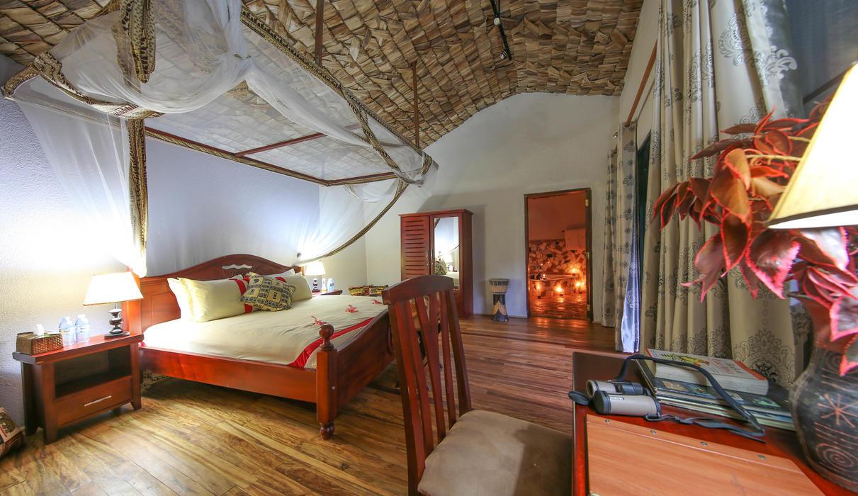 Double room / Honeymoon Suite