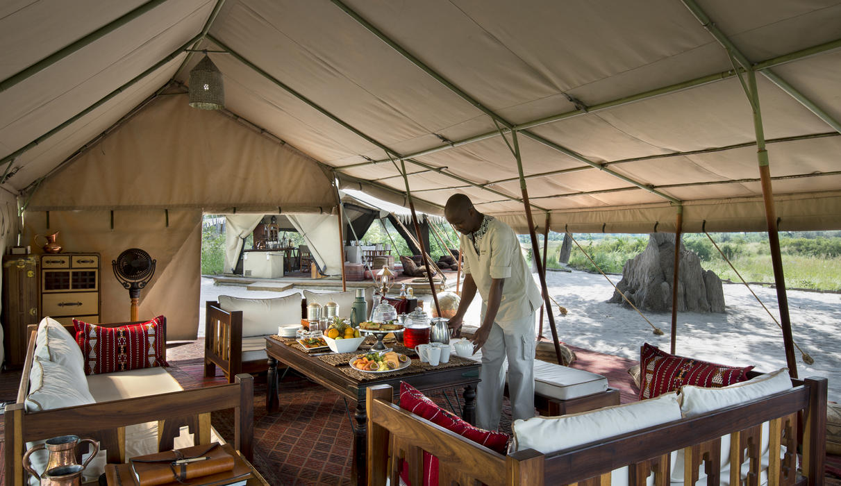 Afternoon Tea at Selinda Explorers Camp