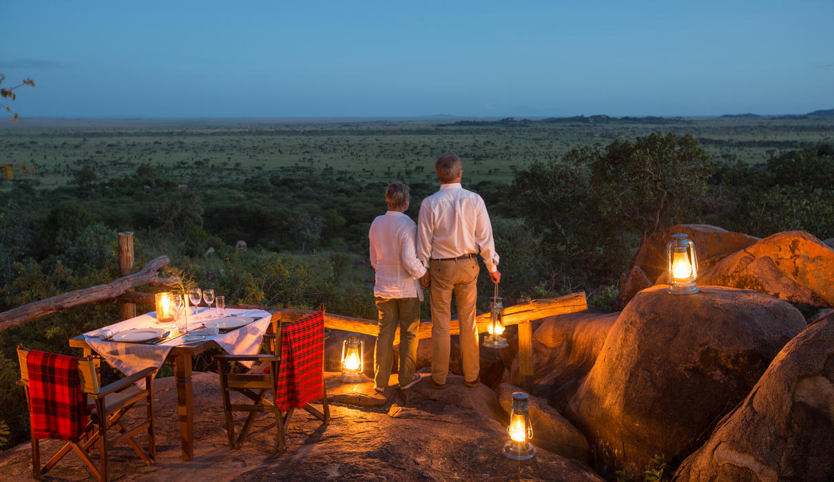 Romantic dinner on the rocks of the lounge area