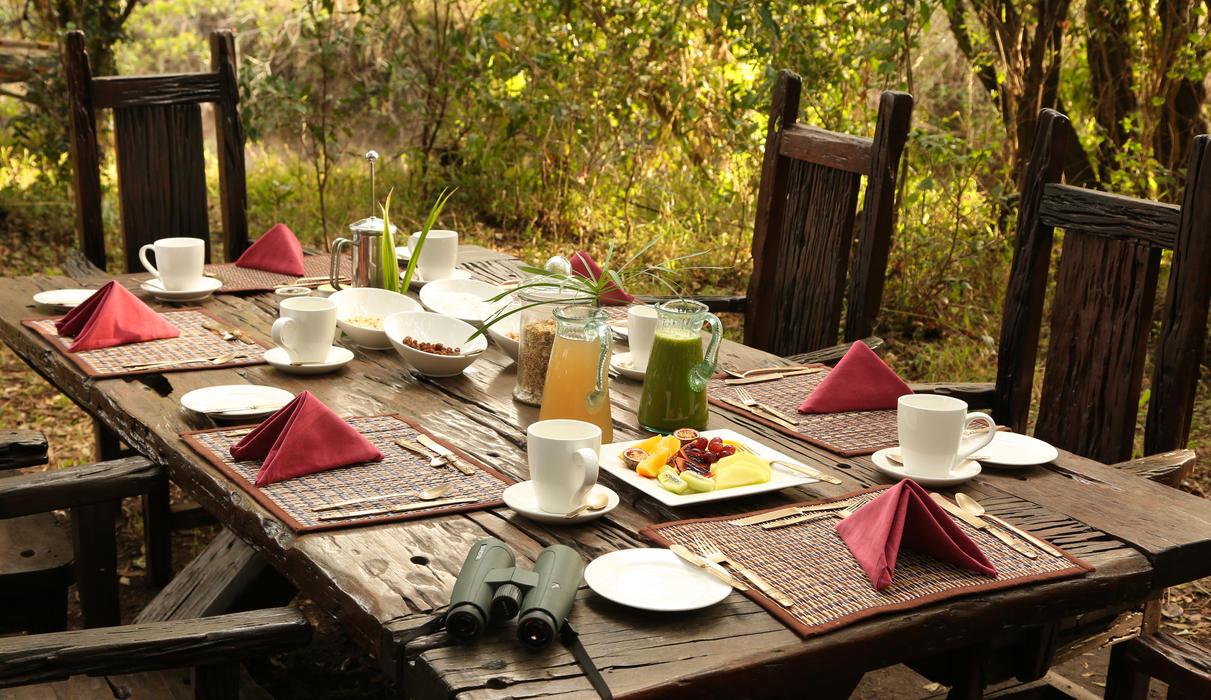 Breakfast at Mara Expedition