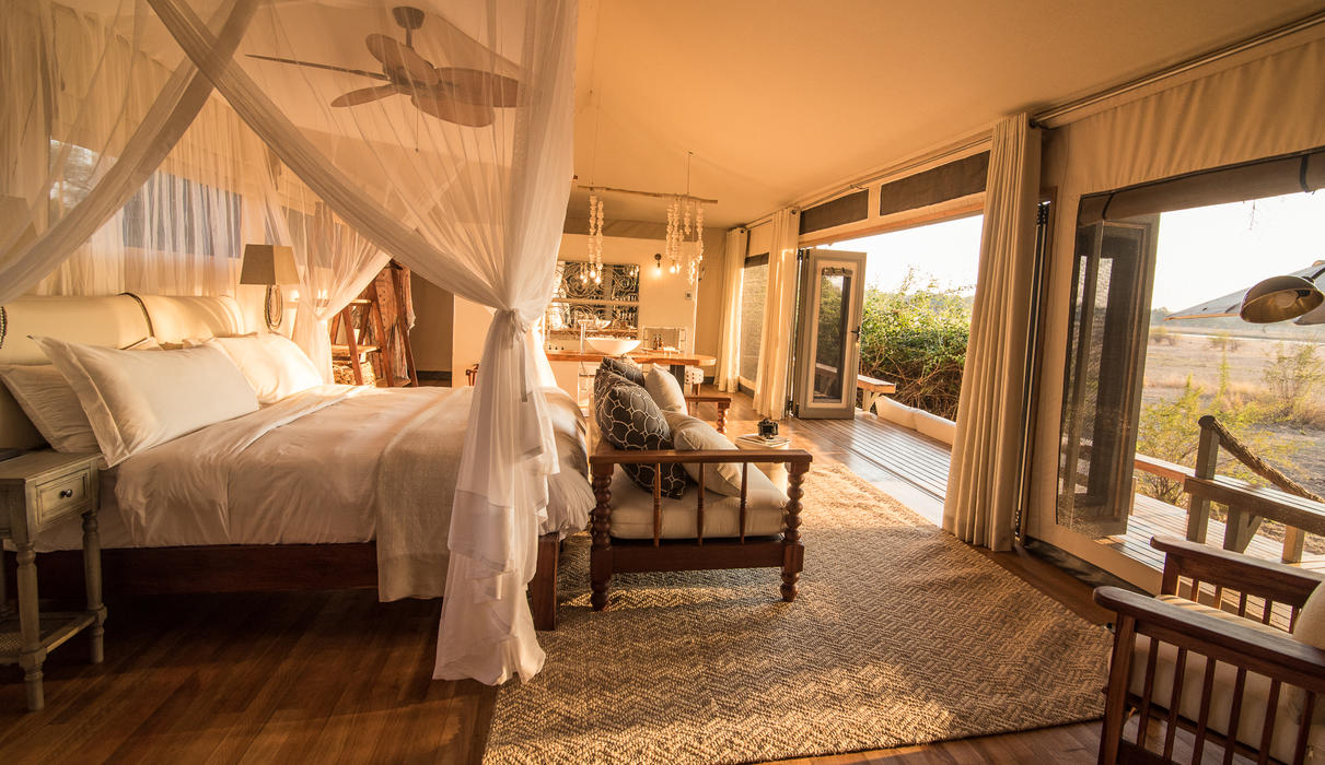 Luxuriate in the spaciousness of a Chikwenya guest tent