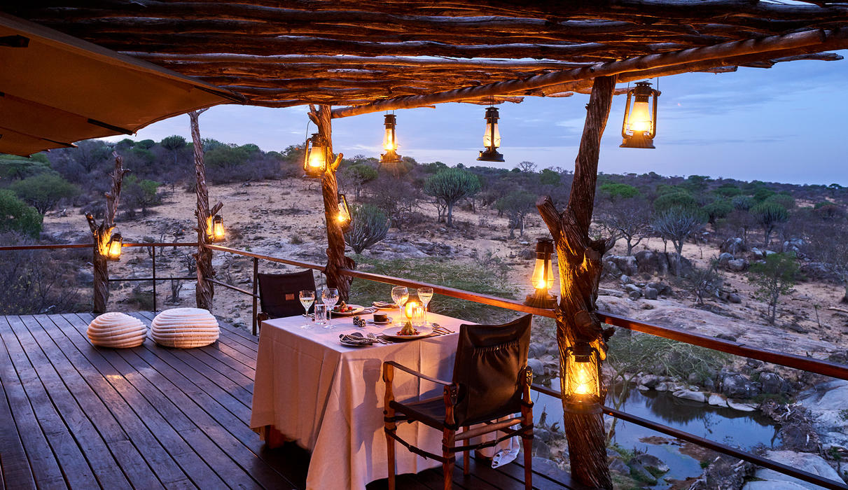 Romantic, outdoor dining
