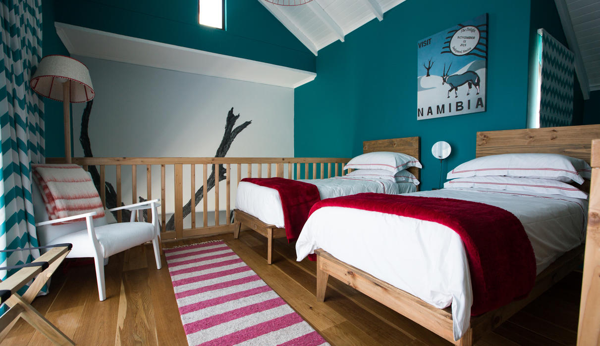 ...  twin beds upstairs