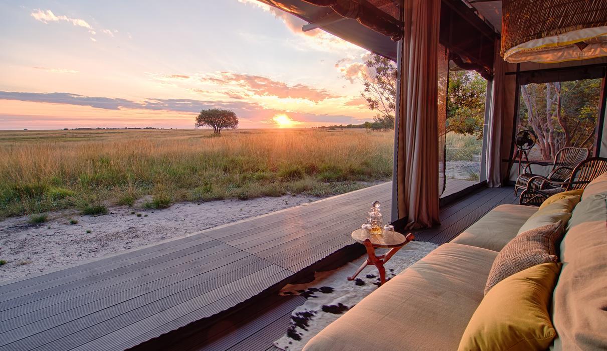 Time + Tide King Lewanika Villa - sweeping views over the plains