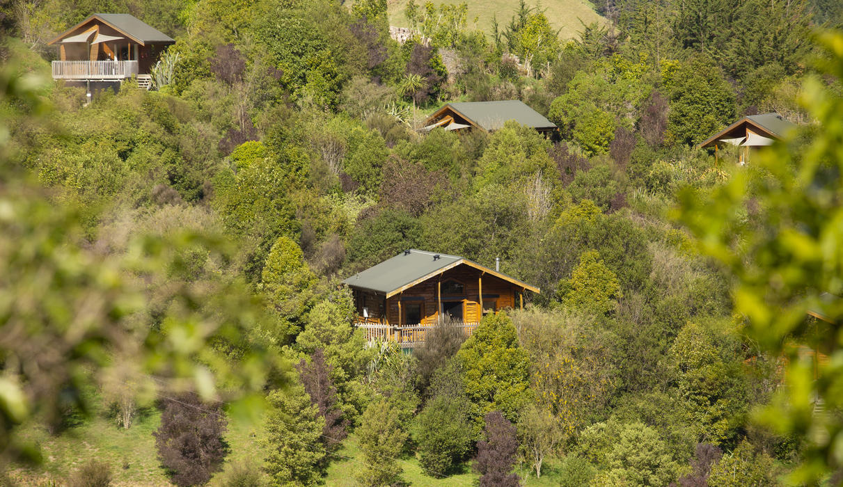 6 standalone suites, all with stunning views to Kahurangi National Park