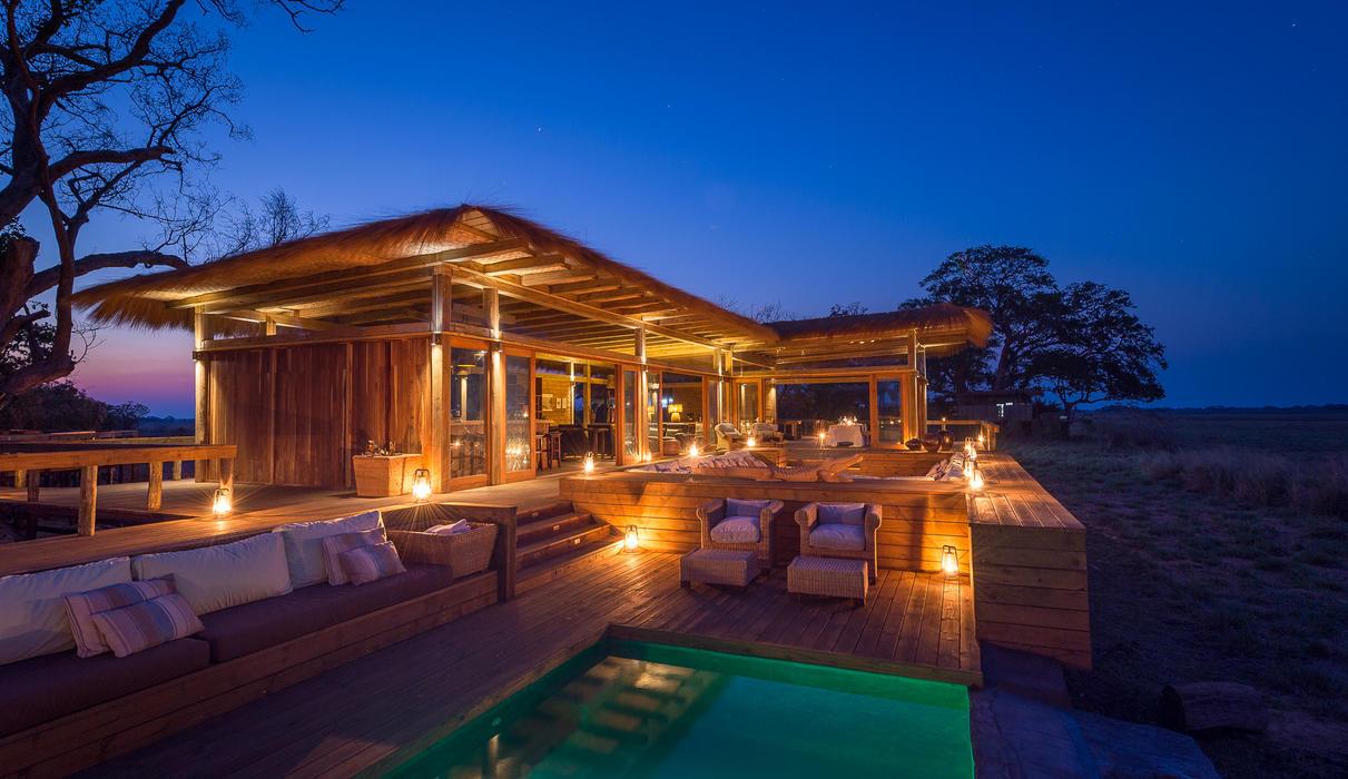 Evening light around the Shumba swimming pool
