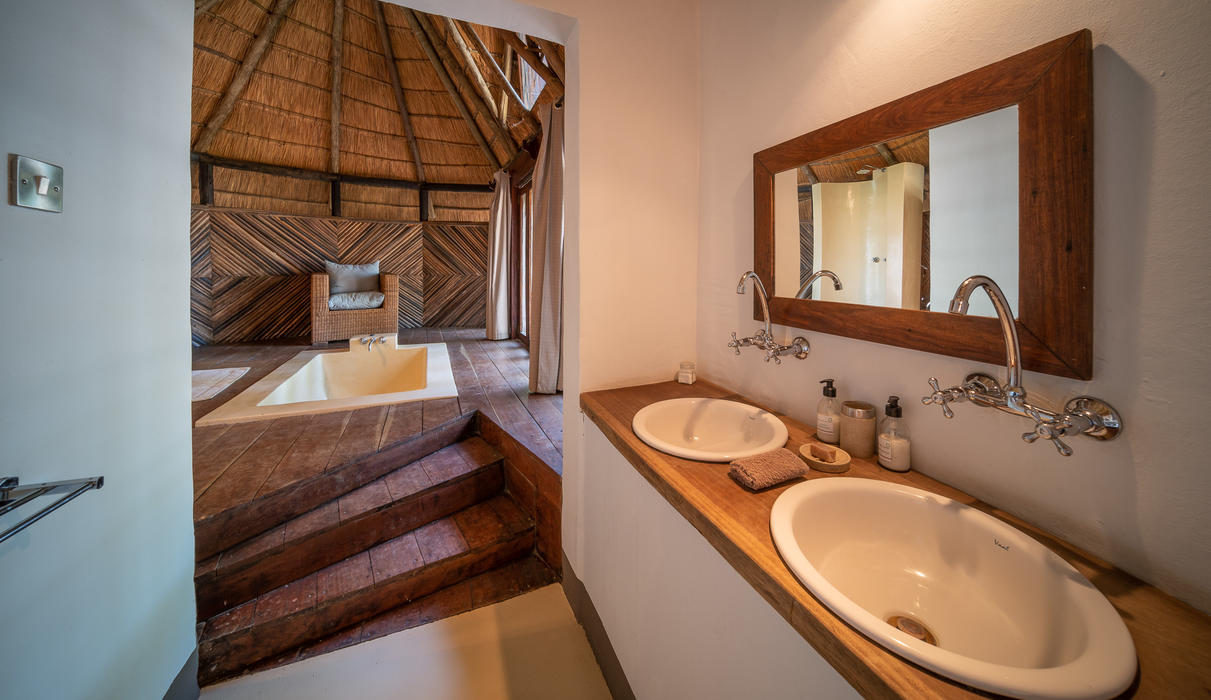 Chalet bathroom