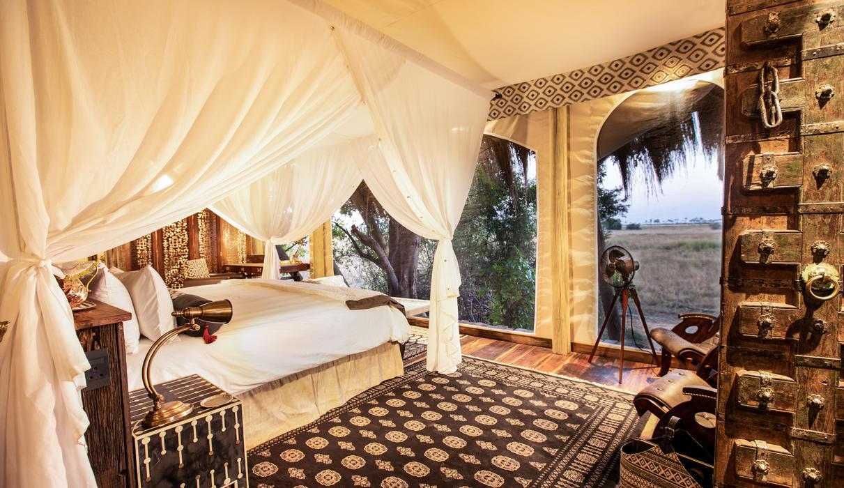 Selinda Camp Bedroom