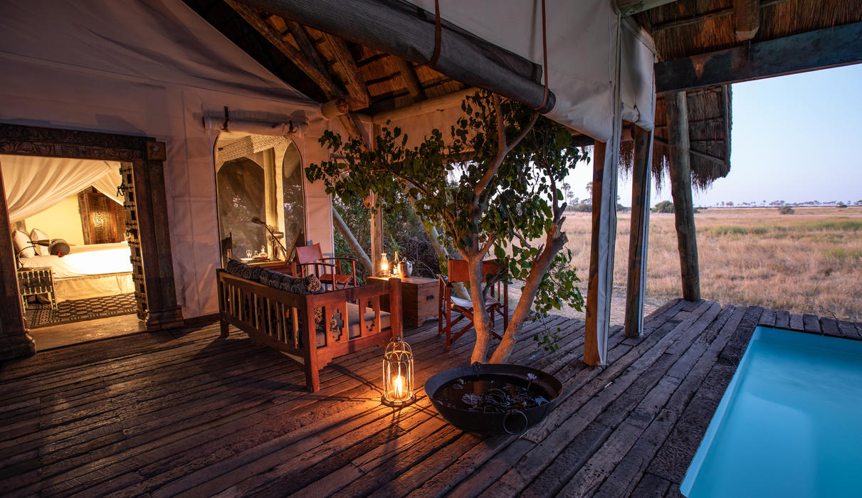 Selinda Camp Room with Plunge Pool