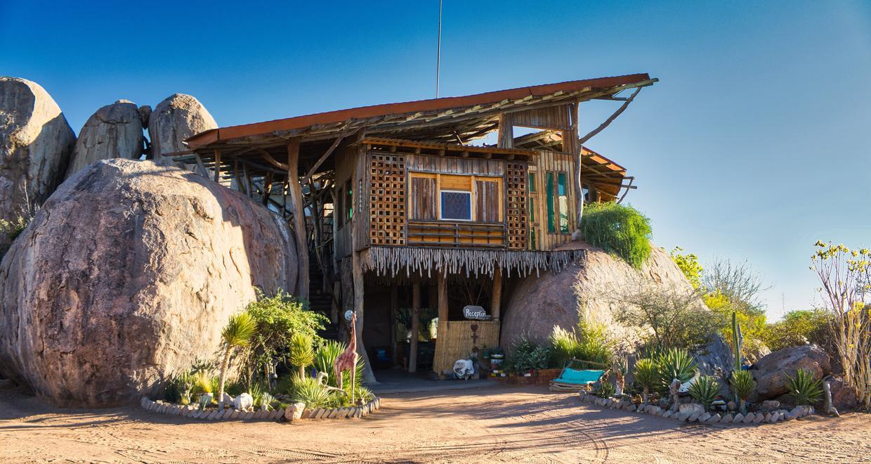 Onjowew Lodge