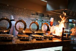 Watermark Hotel & Spa Gold Coast - Restaurants