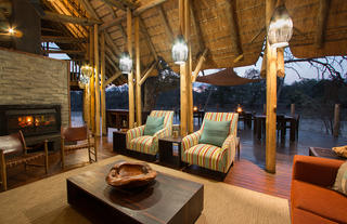 Rhino Post Safari Lodge - Main Lounge