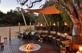 Rhino Post Safari Lodge - Fire Deck