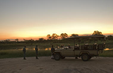 Rhino Post Safari Lodge - Sundowner Game Drive