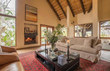 Luxury lounge area at Kuname Lodge