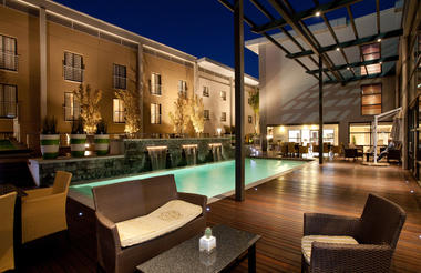 City Lodge Hotel at OR Tambo Int Airport - pool