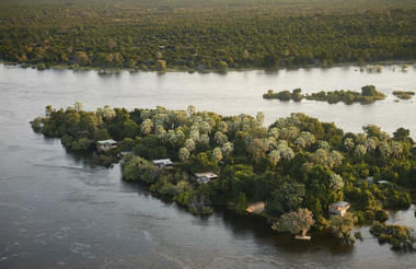 Victoria Falls River Lodge - Island Treehouse Suites