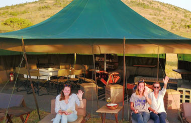 Dinning, lounge tent