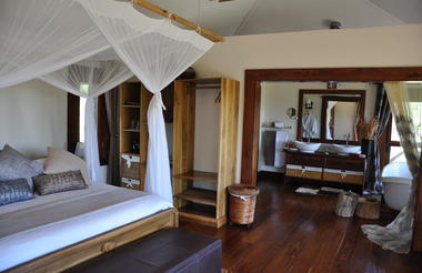 Room at Escarpment Luxury Lodge