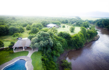 The pool at House in the Wild from the air