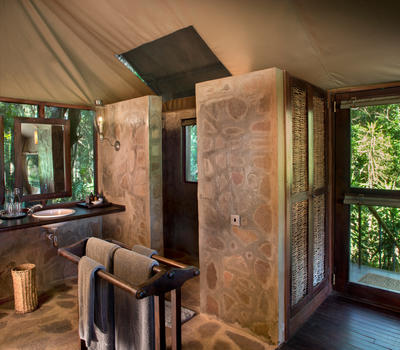 andBeyond Kichwa Tembo Tented Camp Stay