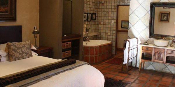 Van Gogh Suite, Superior suite