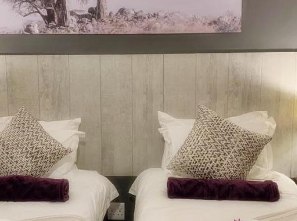 Luxury Room #4