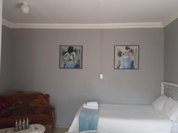 Family Room -No. 7