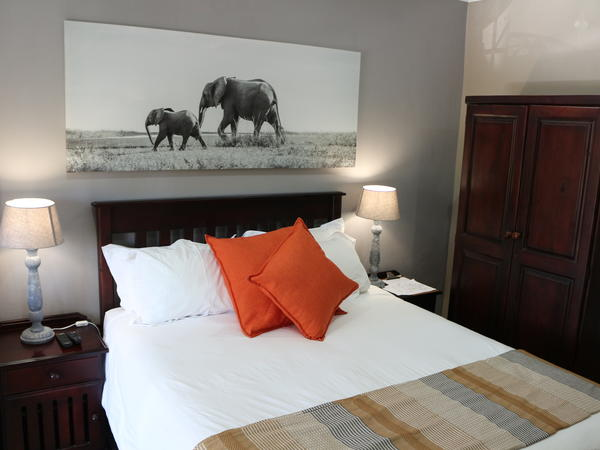 Room 7 (Queensize bed)