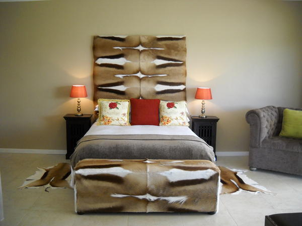 Orangia Family Room