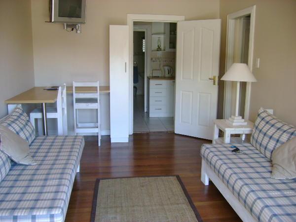 2 Bedroom Unit (3)